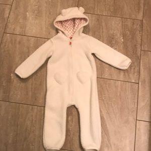 Carter's white teddy bear bunting